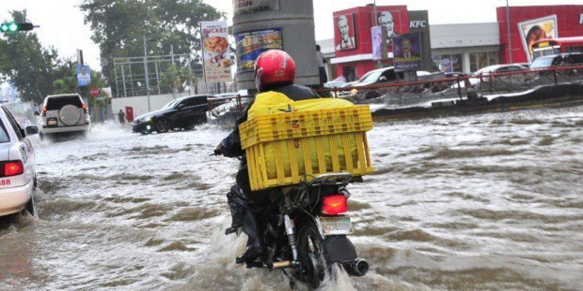 Lluvias continuarán durante las próximas 72 horas debido a vaguada