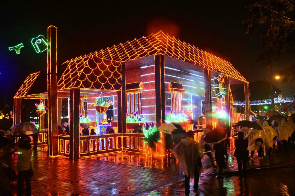 Medellín celebrará 50 años de alumbrado navideño con 37 millones de bombillas