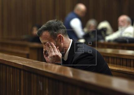 Justicia eleva 13 años la condena contra Pistorius por asesinar a su novia