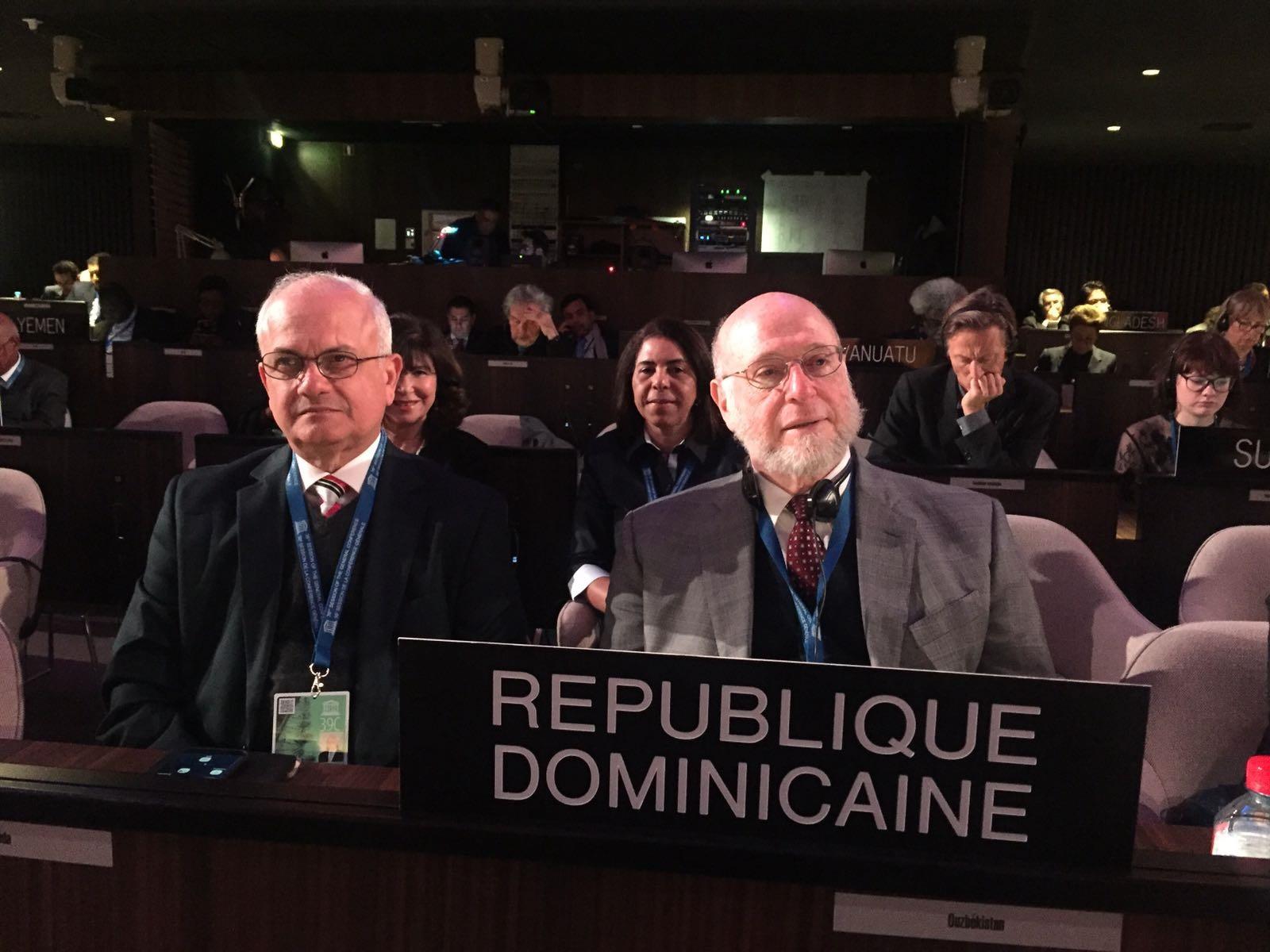 Ministro de Cultura expone ante la UNESCO los avances de RD en educación y cultura