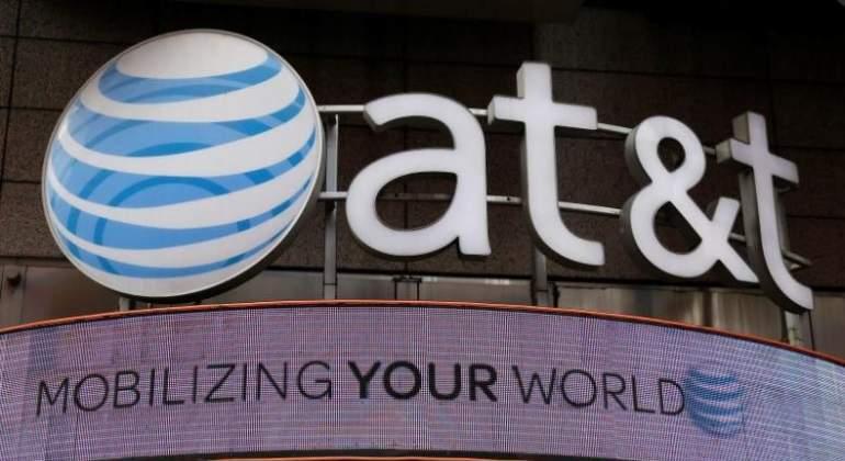Gobierno de Donald Trump presenta demanda para frenar fusión de AT&T y Time Warner