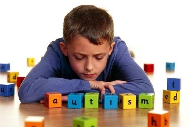 Estudio refuta conexión entre autismo y riesgo de heridas en niños pequeños