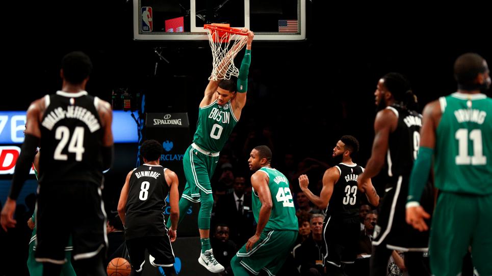 Celtics llegan a 13 triunfos seguidos; Rockets cortan racha ganadora