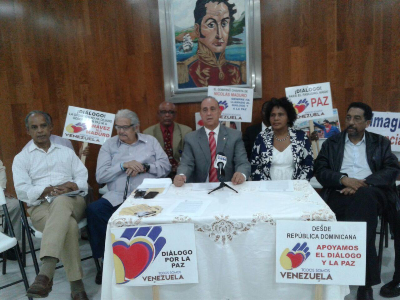 Activistas sociales dominicanos manifestaron su apoyo al gobierno venezolano