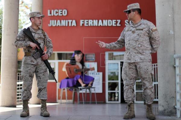 Los chilenos comienzan a votar sin incidentes en las elecciones generales