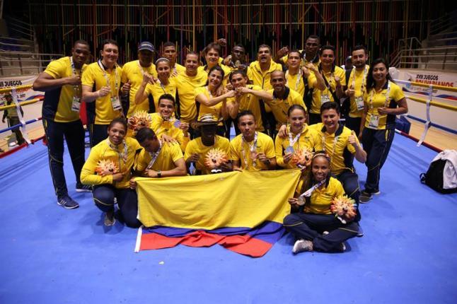 Colombia se agiganta y los dominicanos brillan antes de inicio de las pesas