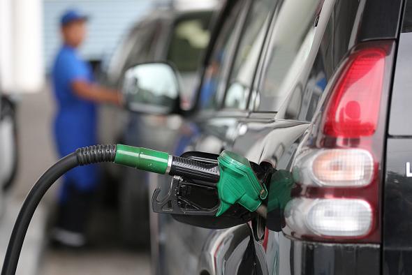 Bajan RD$5.00 a gasolina regular y RD$3.00 al gas para la próxima semana