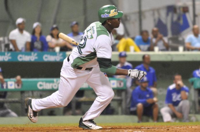 Estrellas vencen Gigantes y son líderes en solitario en béisbol dominicano