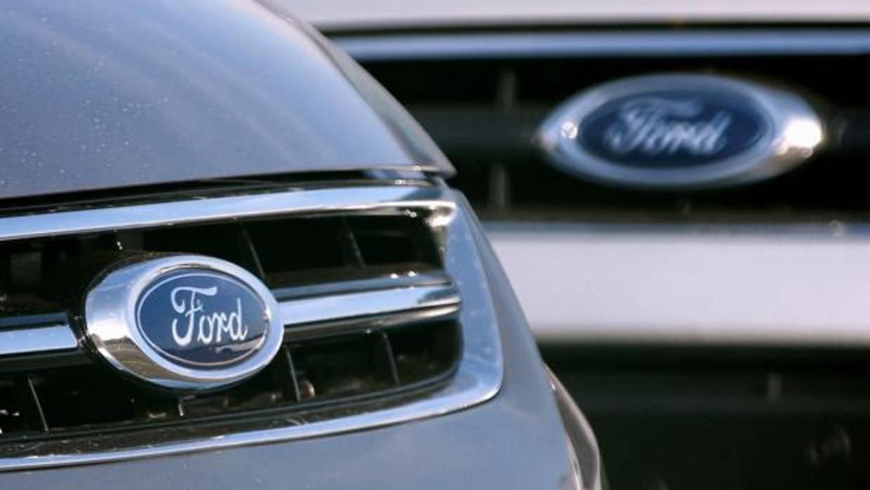 El presidente de Ford dice que sus automóviles tienen que ser como el iPhone