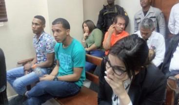 Inicia audiencia imputados en caso de Carla Massiel