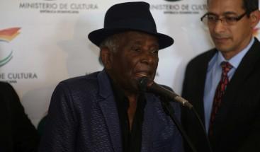 Merenguero Joseíto Mateo visita sede de Cultura; será homenajeado el próximo domingo