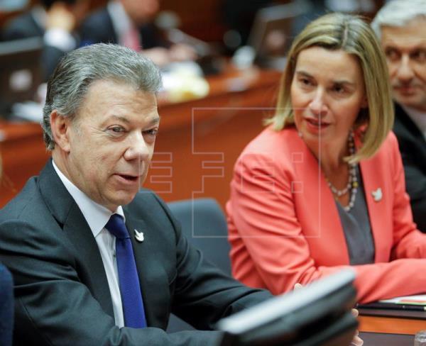 Las FARC quedan fuera definitivamente de la lista terrorista de la UE