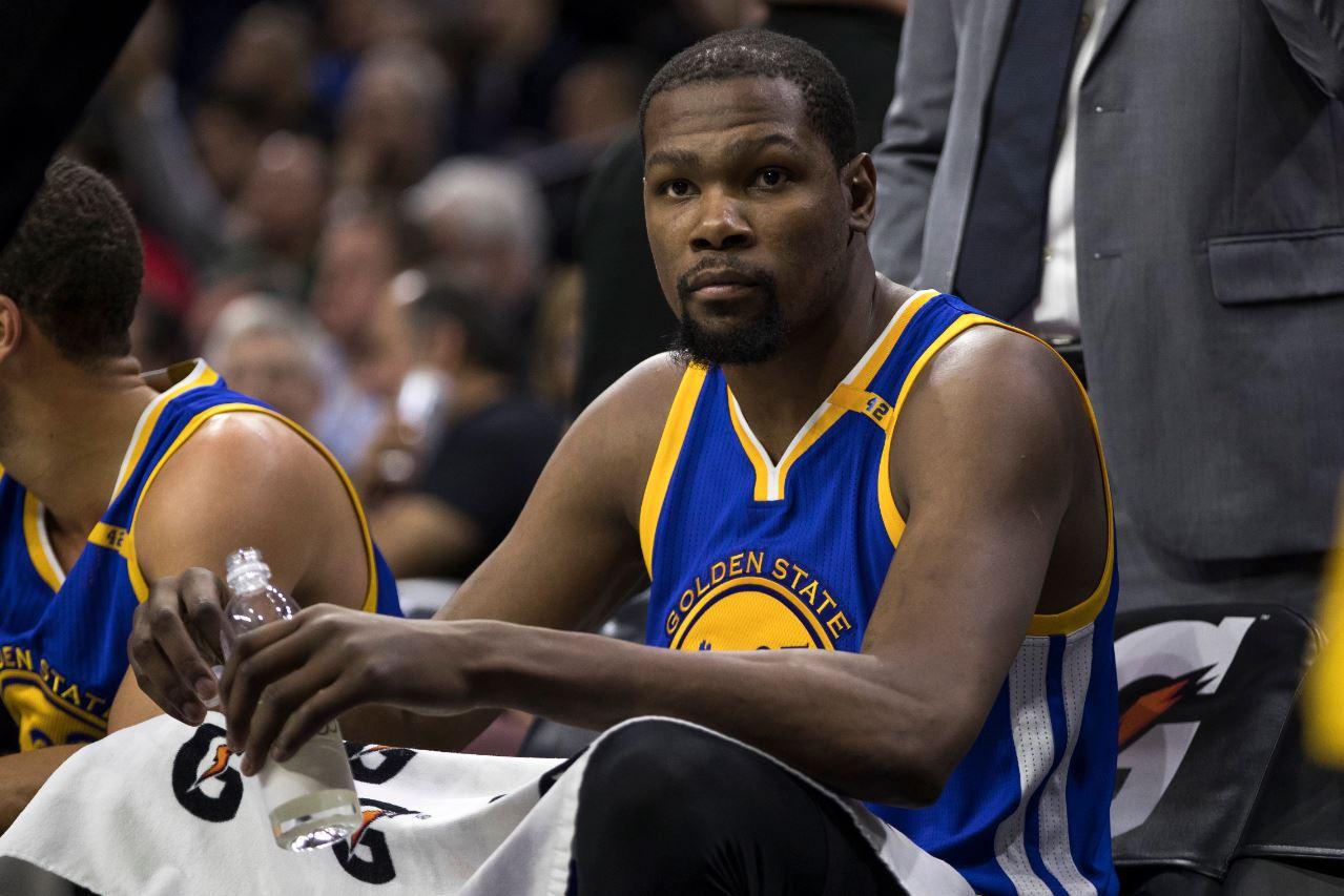 Kevin Durant, baja con los Warriors en el partido ante Nets