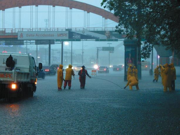 Onamet: Habrá aguaceros acompañados de tronadas y ráfagas de viento en varias provincias del país