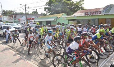 Décima edición de vuelta ciclística padre Avelino Fernández- Copa Indotel, dedicada al señor Domingo Silfa