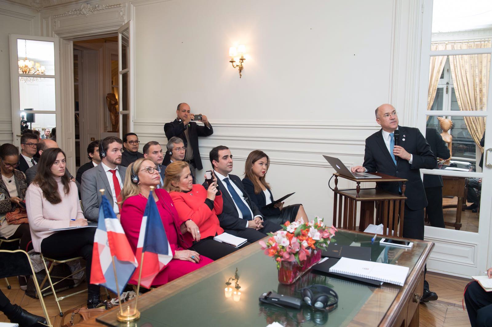 Resaltan potencial de República Dominicana para desarrollo de Energía Renovable en Francia