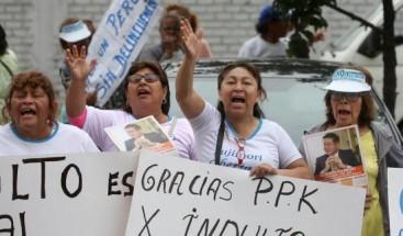 Indulto a Fujimori genera renuncias en el Gobierno y acciones para revertirlo