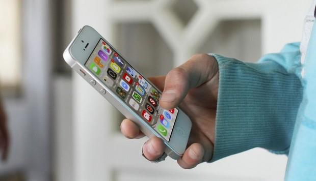 Desarrollan un sensor para celulares que alerta de riesgo de ataque cardíaco