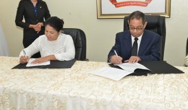 CPJ firma acuerdos de adquisición de terrenos para construir Palacio de Justicia en Cotuí