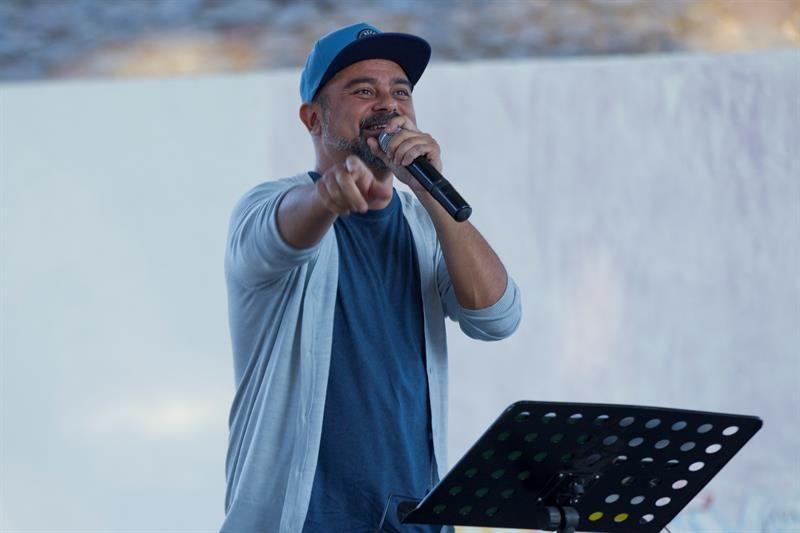 El rapero español Nach lleva su poesía más allá de la FIL mexicana