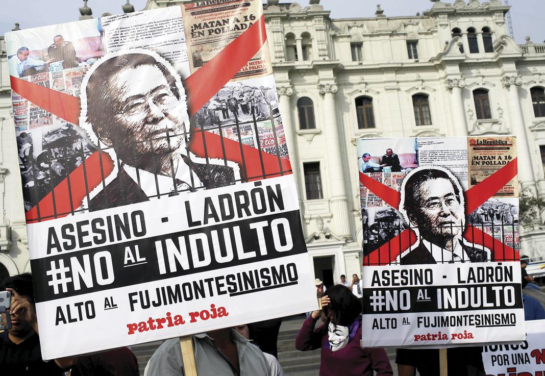 El rechazo al indulto otorgado a Fujimori se fortalece en Perú