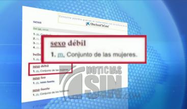 Real Academia Españoladejó de definir a la mujer como el