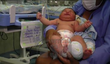 Nació el bebé más grande de Colombia con un peso de 6.380 gramos