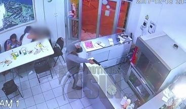 Grupo de delincuentes intenta asaltar un restaurante en Chile