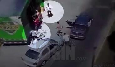 En medio de un funeral roban a un camión blindado