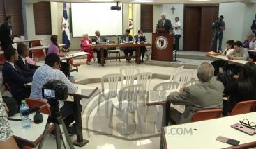 Posponen firma del Pacto Eléctrico para el próximo año; industriales de Herrera se retiran de la reunión