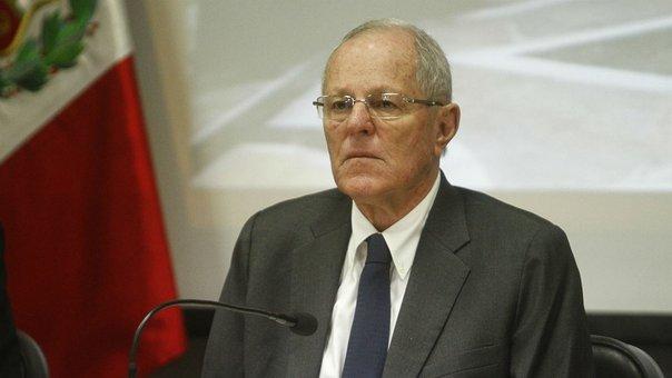 Kuczynski llama errores a los delitos de Fujimori para justificar su indulto