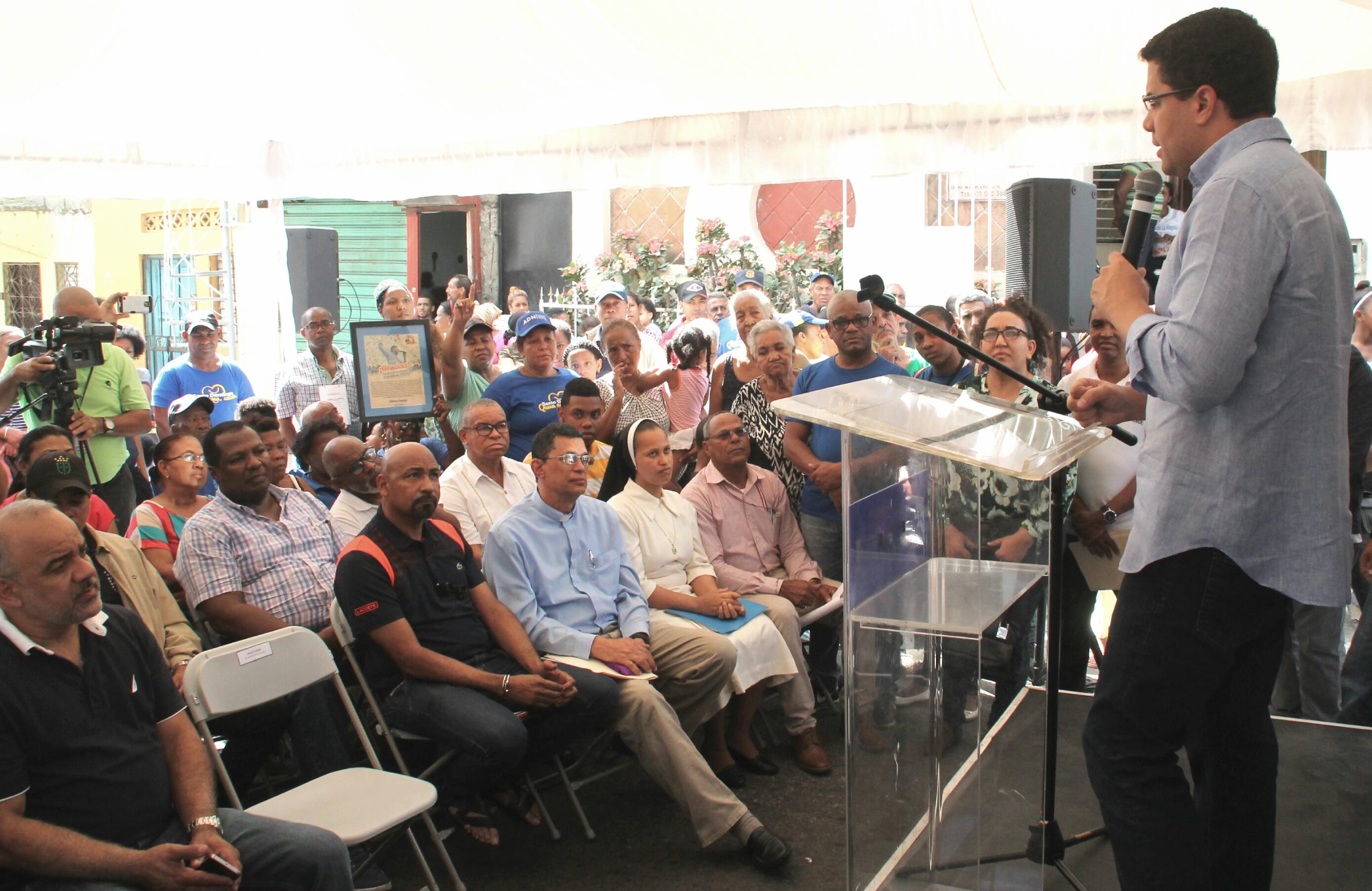 Realizan operativo social de aseo y descongestionamiento de imbornales en Villa Francisca