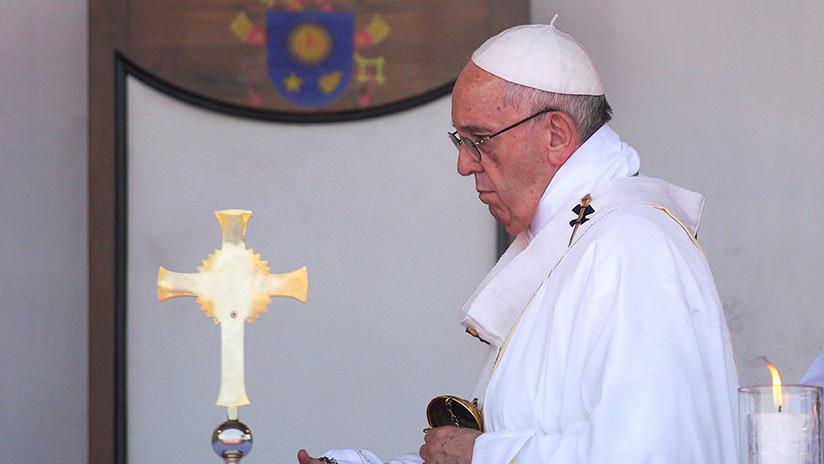 El papa Francisco afirma que las noticias falsas son un