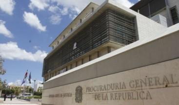 Suspenden 2 fiscalizadoras de Santiago por presunta negligencia