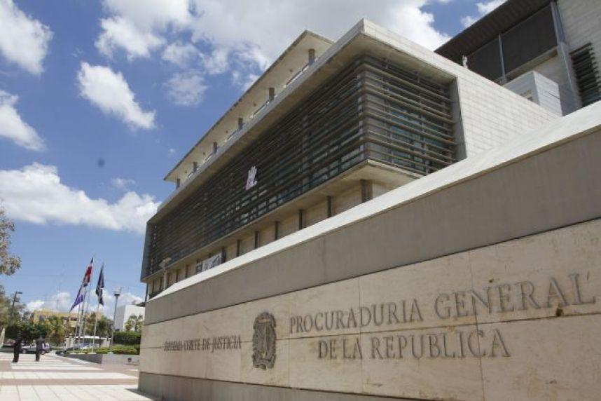 Procuraduría recibe informe sobre oficiales involucrados en presunto tráfico de 625 kilos de cocaína
