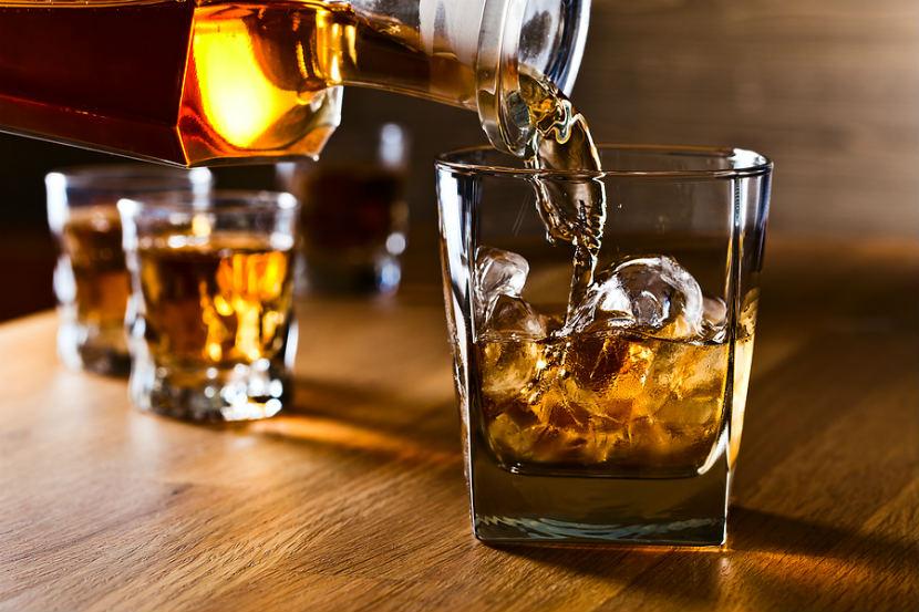 ¿En qué país de la Unión Europea se consume más alcohol?