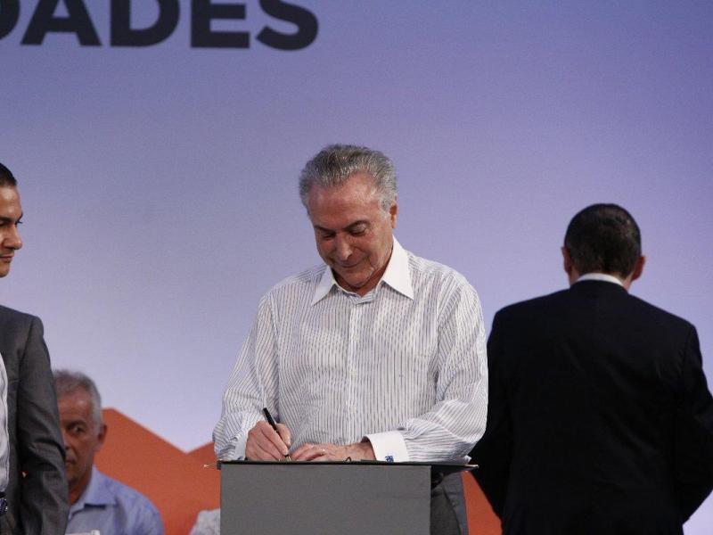 La Fiscalía brasileña pide anular decreto que pudiera indultar a corruptos