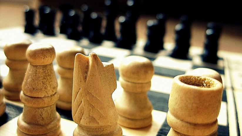 Un robot aprende a jugar al ajedrez en cuatro horas y emplea movimientos que ningún humano conoce