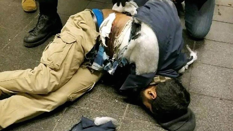Autor atentado Nueva York no tenía antecedentes, según policía de Bangladesh