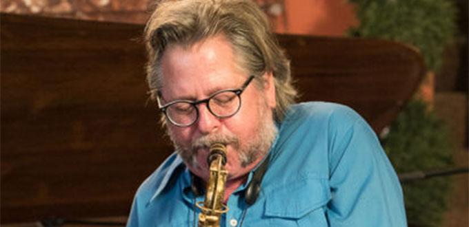 Muere a los 61 años el saxofonista Ralph Carney