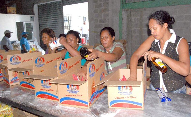 Presidente Medina justifica inversión de más de mil millones de pesos en cajas navideñas