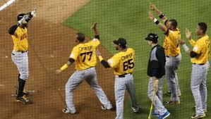 Las Águilas Cibaeñas vencen los Tigres y se quedan solas en la cima del béisbol dominicano