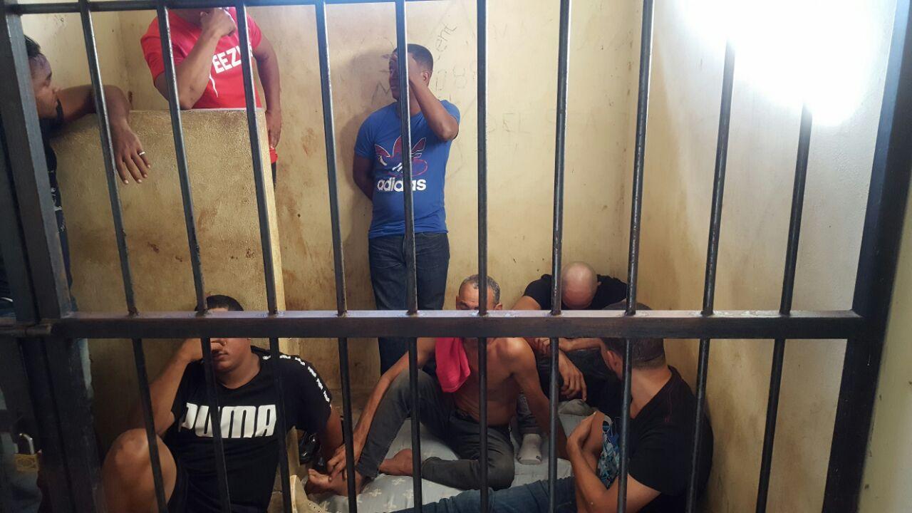 Detienen en Samaná un grupo de personas que pretendía viajar a Puerto Rico de forma ilegal