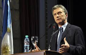 Amenazan con huelga general si Macri aprueba por decreto reforma de pensiones
