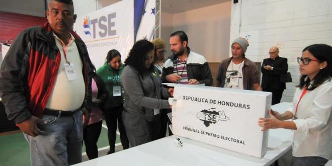 EE.UU. anima a usar plazo legal para recurrir resultado electoral en Honduras