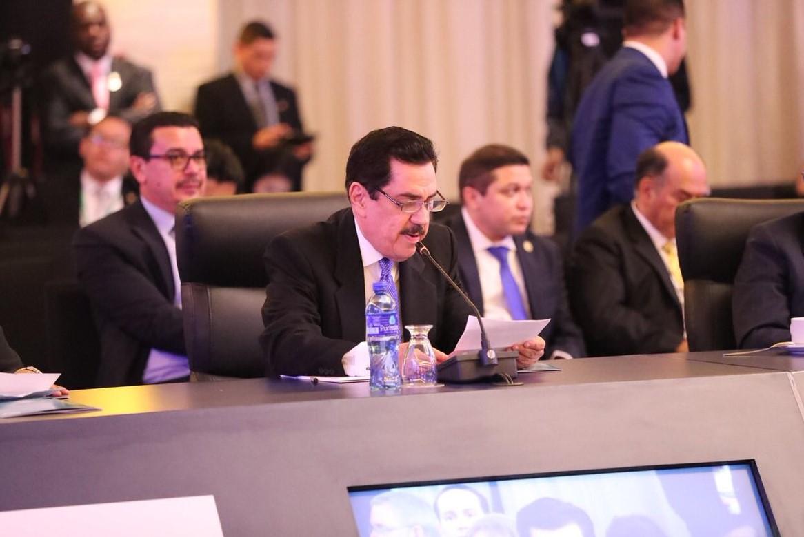 Presidente del PARLACEN solicita en Cumbre Jefes de Estado del SICA facultades vinculantes