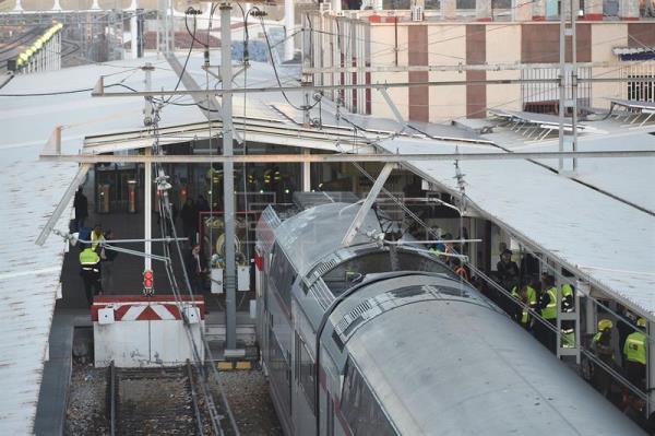 Varias personas resultan con heridas graves en un accidente de tren en España