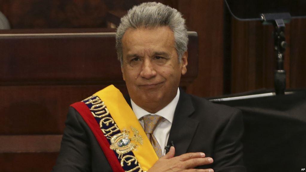 El presidente de Ecuador envía condolencias a Hernández por muerte de hermana
