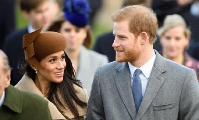 Meghan Markle se une a la familia real británica en su festejo navideño