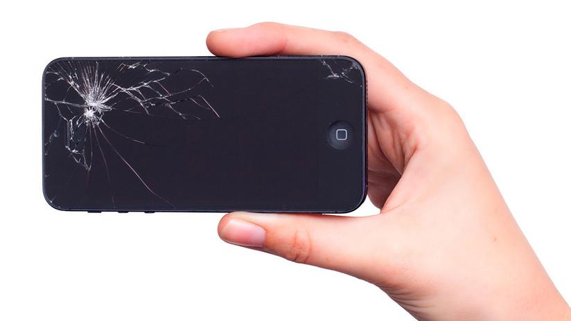 ¿Fin de las pantallas de teléfono rotas? Descubren por accidente un vidrio que se autoregenera
